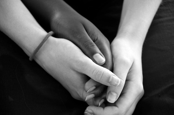 2659_Hands-of-Friendship