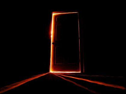Porta_socchiusa
